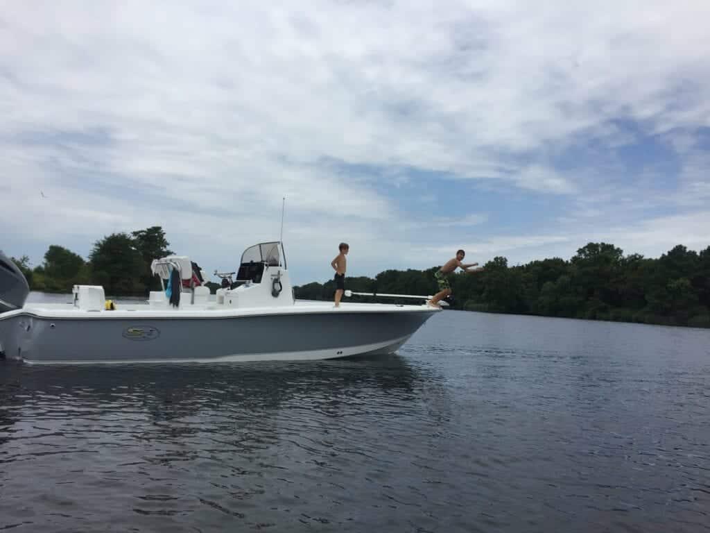 mike-ashley-and-family-enjoying-new-boat-orig_orig